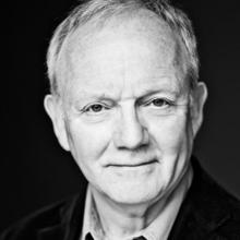 EDINBURGH FRINGE……See Bruce Alexander in 'The Red'